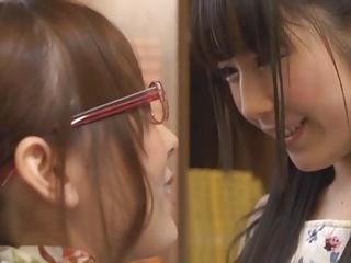 Japanese Lesbians (I wanna..