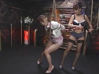 Enclosing Girl Fisting..
