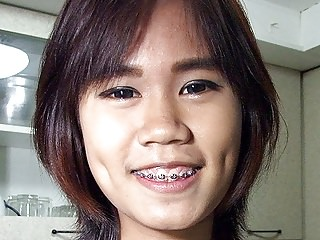 Flat Bowels Thai Girlette On..