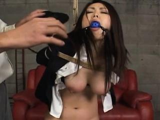 Hawt promoter gets anal..