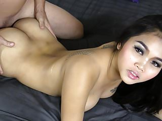 Young Thai �lite in the..