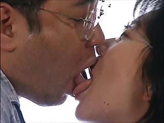Japanese Kiss - Tongue..