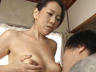 Japanese mom making son..