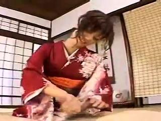 Subtitled Japanese milf..