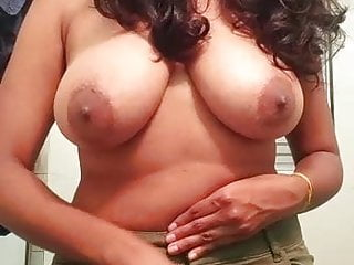 Hot Indian Babe Big Chest..