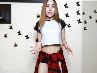 Slim Asian Girlie show and..