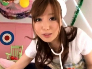 Uneasy japanese girl gets..