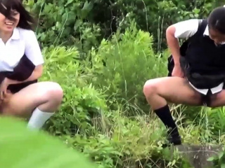 Pissing japanese teens forth..