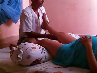 Pregnant skirt getting leg..