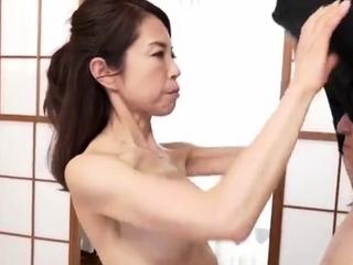 Japanese MILF enjoys an oily..